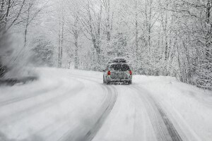 How to drive safe in the snow and ice in Olympia, WA